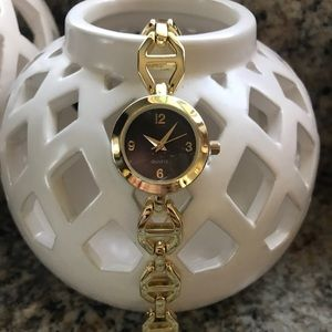 Linked Watch